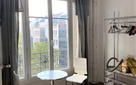 Vente Studio Paris 4em Métro Rambuteau